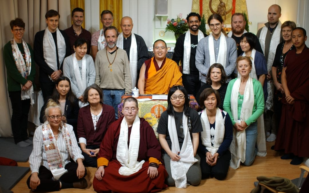 Tengyur Rinpoche visits the centre